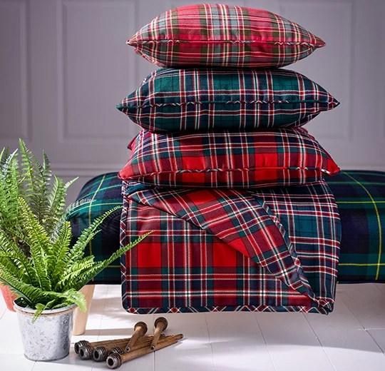 Learn how to make a make a quilted throw.